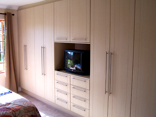 Beyond kitchens affordable built in bedroom cupboards in for Built in kitchen cupboards for a small kitchen