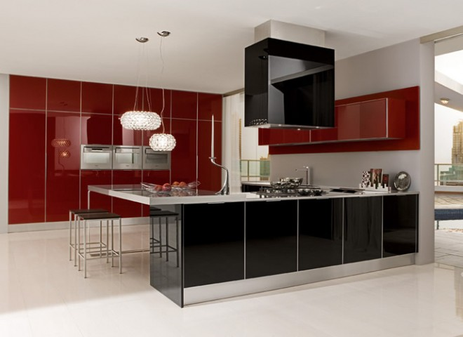 Charmant Red High Gloss Duco Spray Kitchen Design ...
