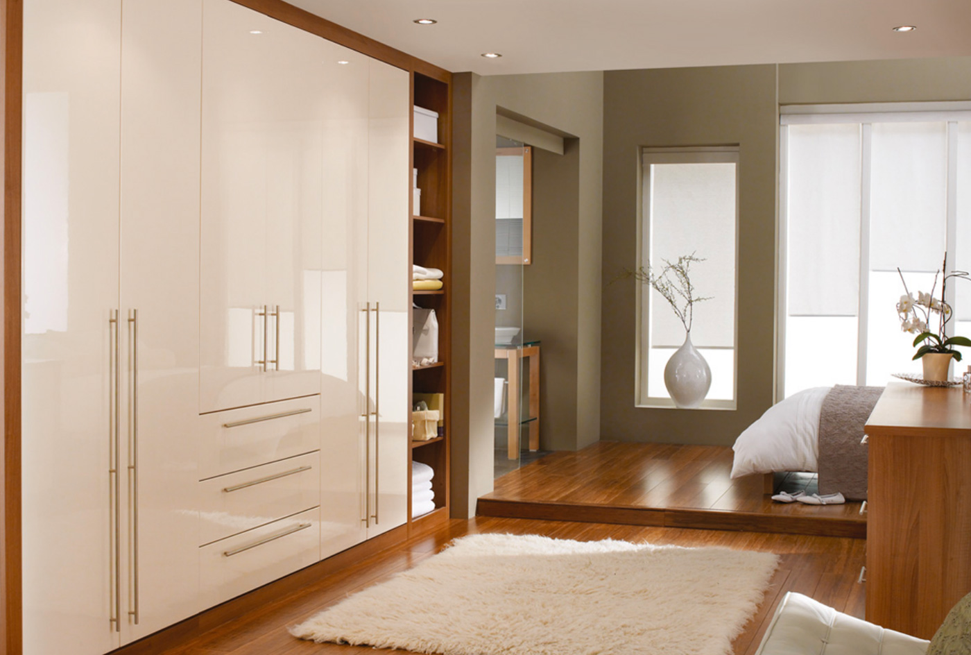 Built in bedroom cupboards cape town beyond kitchens for Bedroom ideas with built in wardrobes